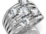 טבעת  המורכבת מ5 טבעות מחובות בשיבוץ יהלומים גדולים
