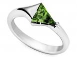 טבעת אבן חן משולש