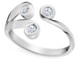 טבעת טריפל עם 3 יהלומים עדינה