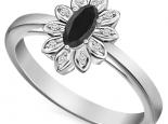 טבעת דיאנה בעיצוב פרח מיוחד יהלום שחור