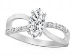 טבעת זהב מעוצבת משובצת יהלום בצורת מרקיזה