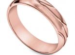 טבעת נישואין מעוצבת ועדינה לאישה