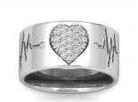 טבעת נישואין עם לב משובץ יהלומים